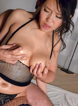 Saki Sudou Asian plays with her oiled boobies and sucks stiffy