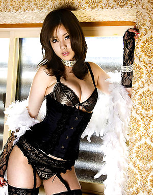 Ayaka Noda Asian with sexy corset has big boobs and juicy behind